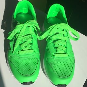 Gucci Neon Green Shoes 5 1/2 NWT
